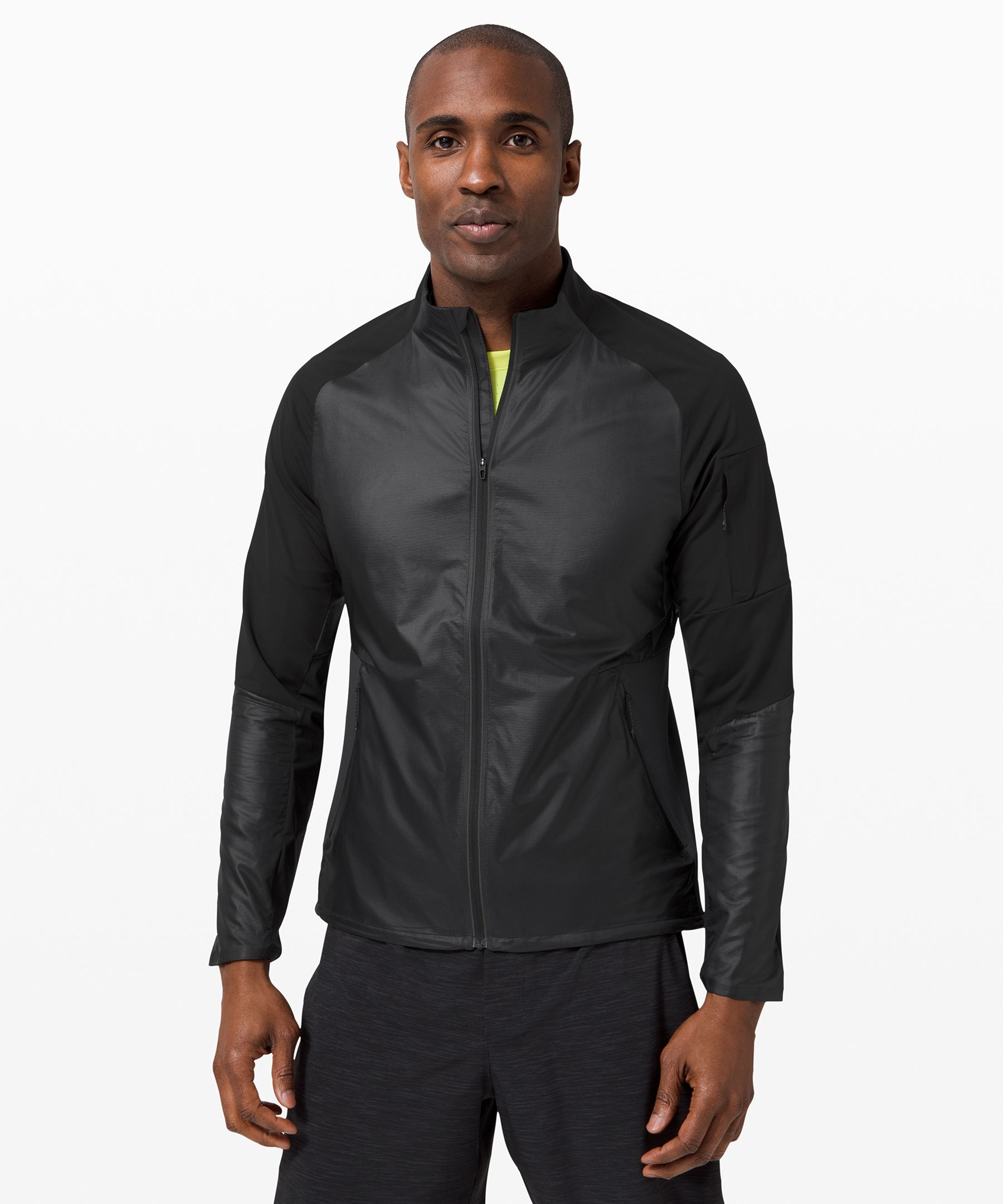 Power through your last mile  with nothing holding you back.  Designed to be your optimum  running shell with a fit  that\\\'s made to move, this  jacket is made from  water-repellent fabric on the  front to protect your core,  and a Mesh fabric back to let  your body breathe.