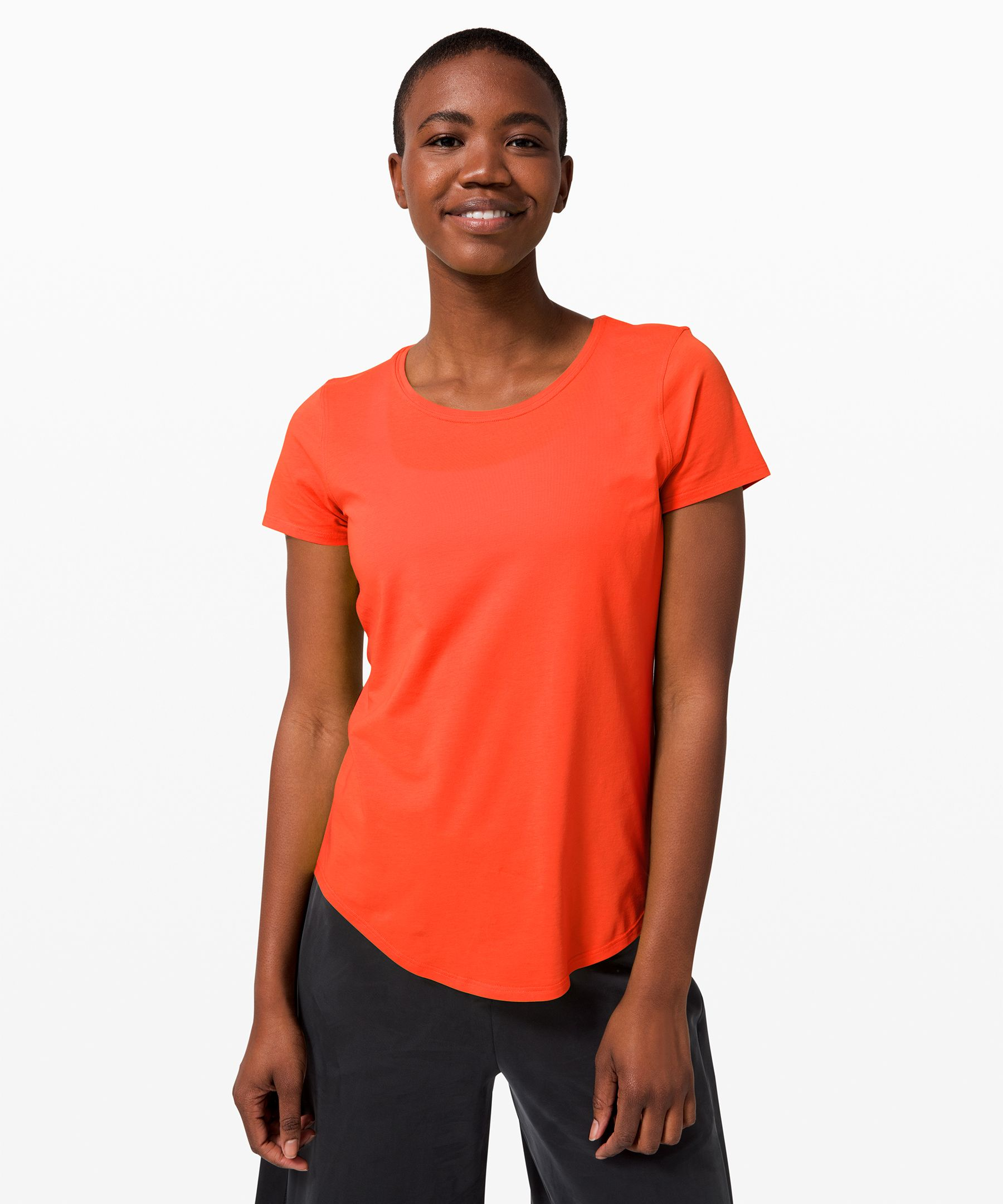 This super-soft crewneck  t-shirt won\\\'t wear out its  welcome. With added stretch  for mobility and an easy fit  to keep you cool, it\\\'s your  versatile essential, every day.