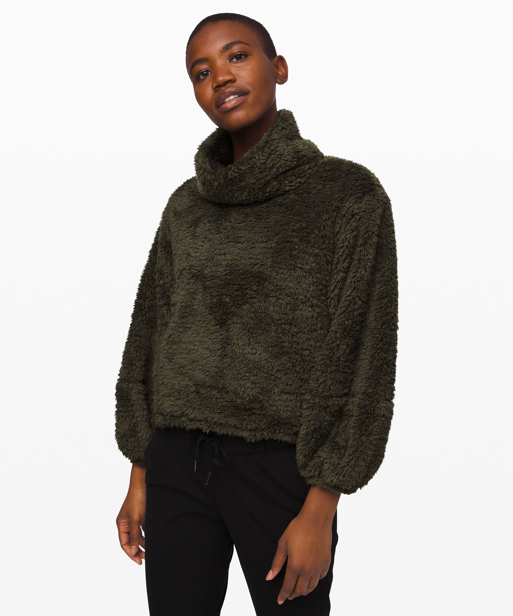 This plush Sherpa Fleece  pullover is the ultimate  choice to stay cozy and  comfortable on your  restorative journey.