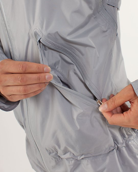 RUN:Make It Rain Jacket