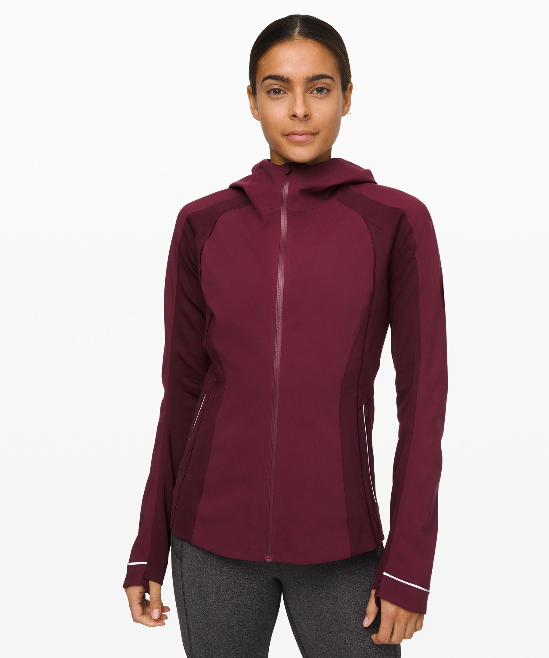 This sleek, technical jacket was engineered to keep you warm and comfortable during cold-weather runs. Water-repellent softshell fabric keeps you dry, while stretchy Fleece fabric is strategically placed in spots requiring high mobility.