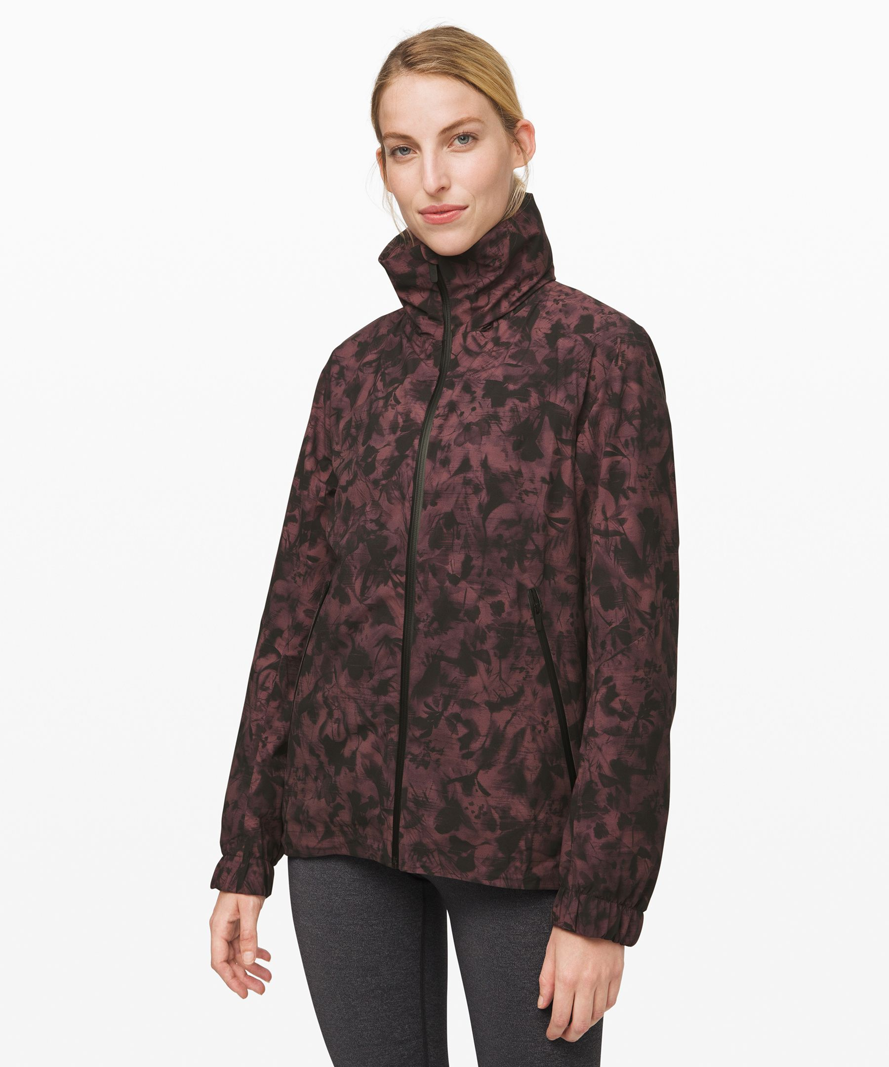 Don\\\'t let a little wet weather  keep you from outdoor  adventures. This waterproof  jacket is fully seam-sealed so  you can stay dry as you run,  hike, or walk the city streets.