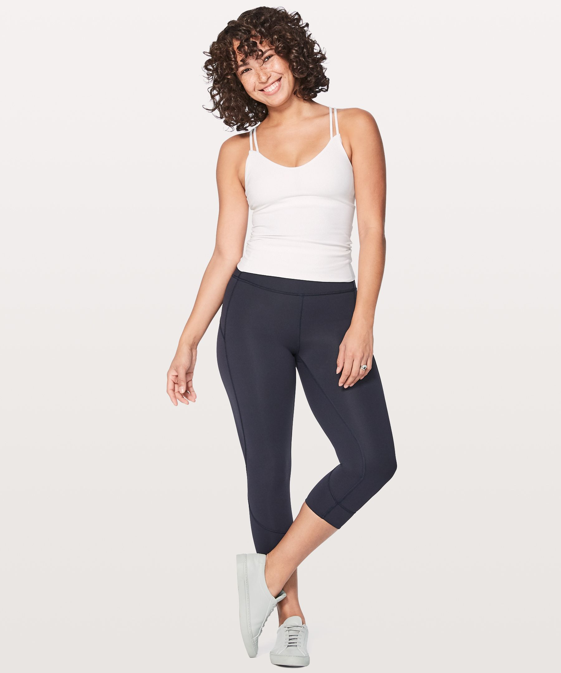 Meet your companion for hot, intense sweat sessions. Made with breathable, cool-on-the-skin Everlux™ fabric, these sleek crops wick sweat and dry in a flash so you can keep your mind on your movement.