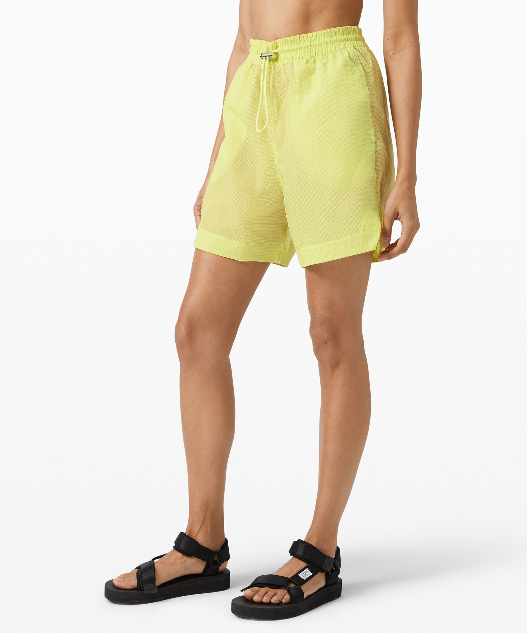 Breathe new life into your  post-workout wardrobe in these  sheer shorts. They\'re  constructed entirely from  water-repellent Mesh fabric  for light weather protection  and maximum airflow that won\'t  cling to sweaty skin.