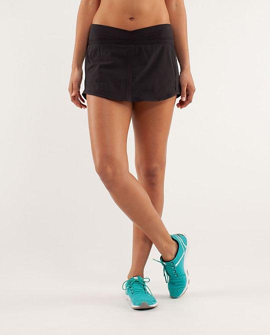 RUN:Pace Skirt