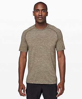 2a2b0ce7f009 Men's Short Sleeve Shirts | lululemon athletica