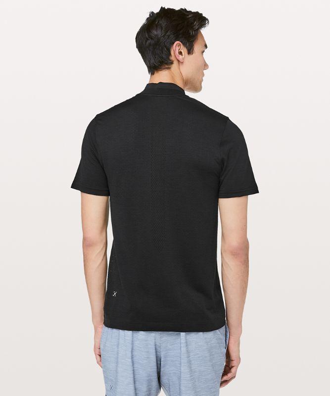 Metal Vent Surge Kurzarm-Shirt mit 1/2 Reißverschluss
