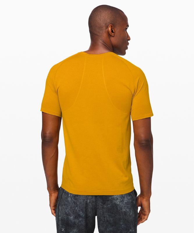 Metal Vent Tech Kurzarm-Shirt