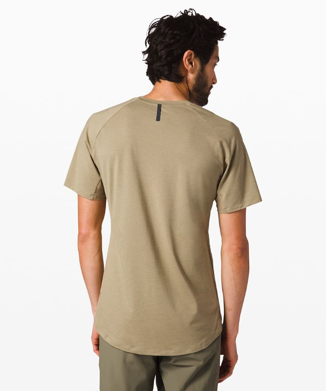 Escape and Explore Tee *lululemon x Wilderness