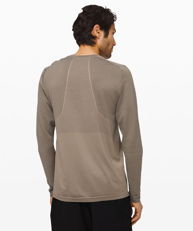 Metal Vent Tech Long Sleeve 2.0 * Lunar New Year Limited Edition