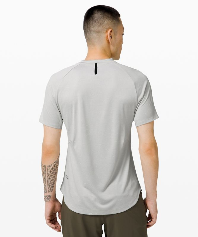 Fresh Form Short Sleeve
