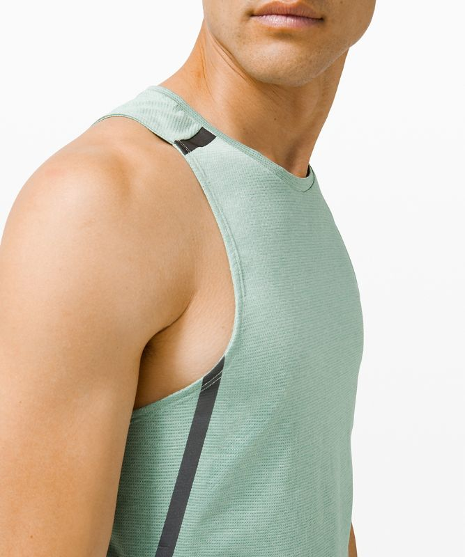 Fast and Free Singlet Elite