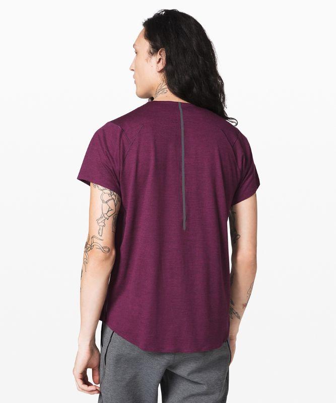 T-shirt Refract