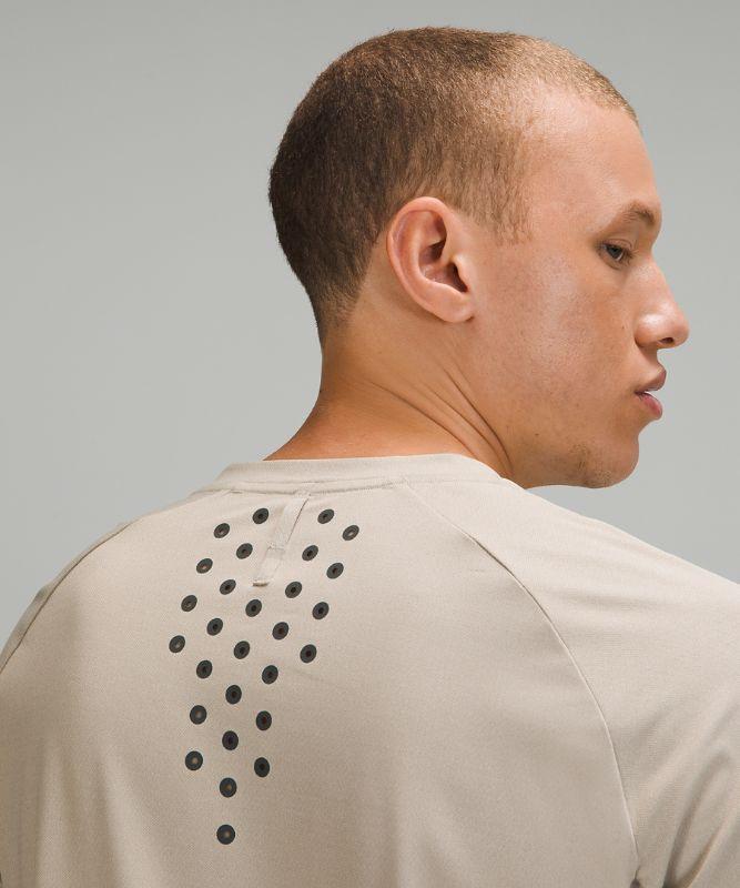 Textured Training Short Sleeve