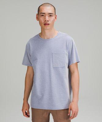 T-shirt décontracté avec poche à la poitrine