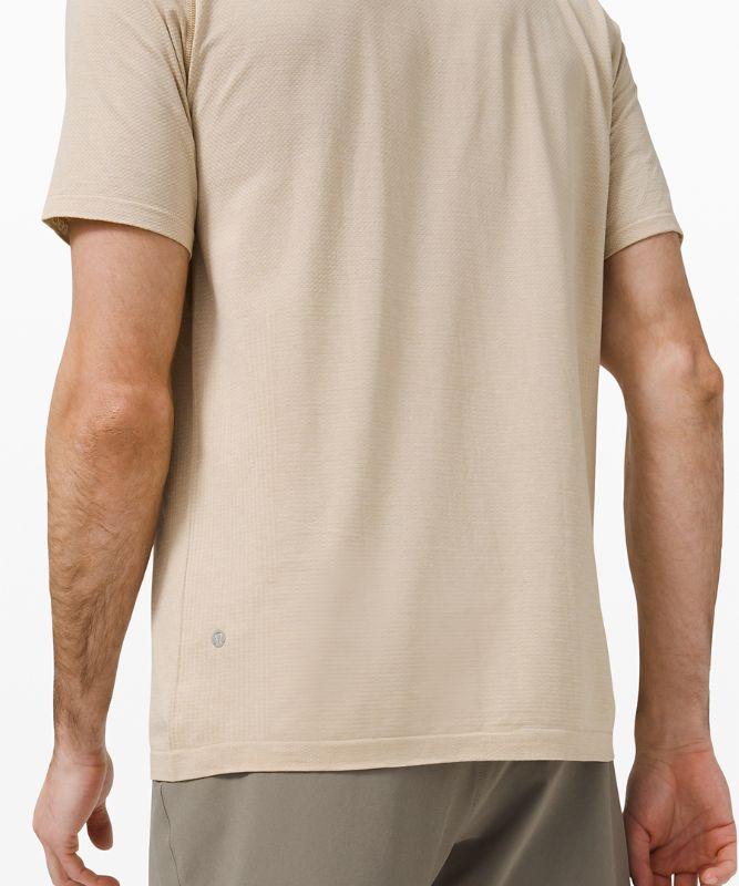 Metal Vent Tech Short Sleeve Henley 2.0