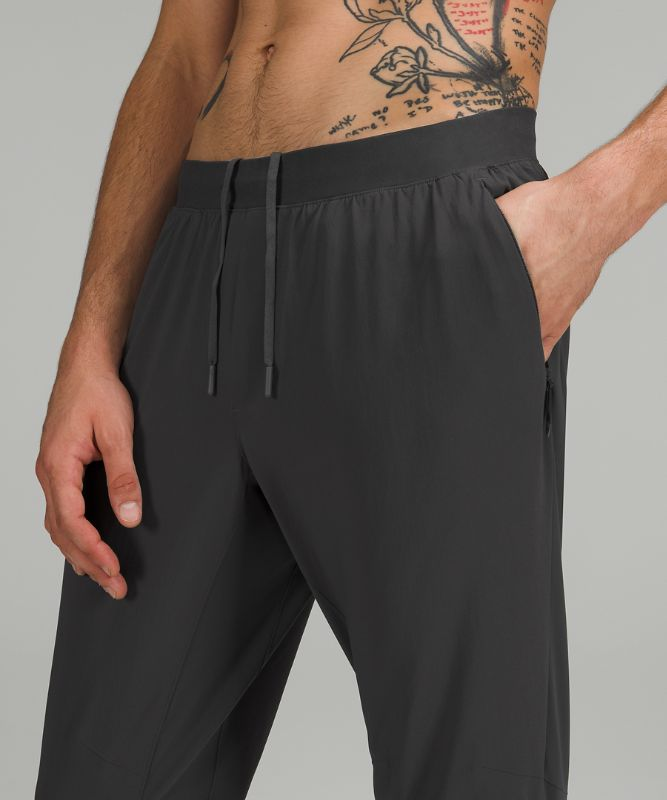 "Surge Hybrid Pant Shorter 27"""