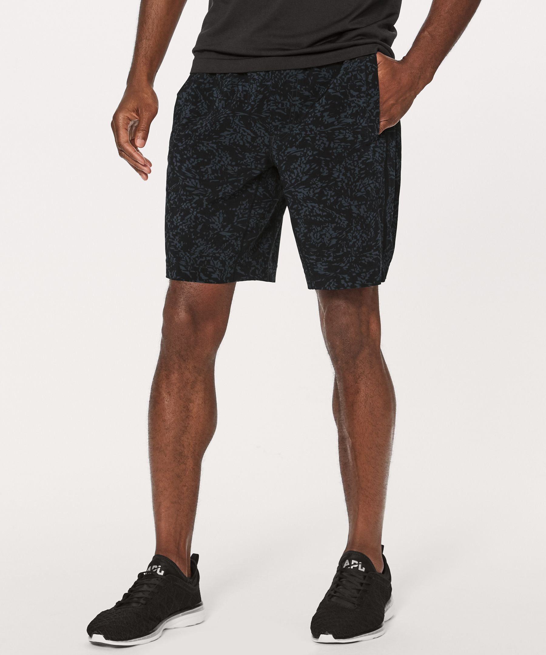 Pace breaker short 9 men 39 s shorts lululemon athletica for Online stores like lulus