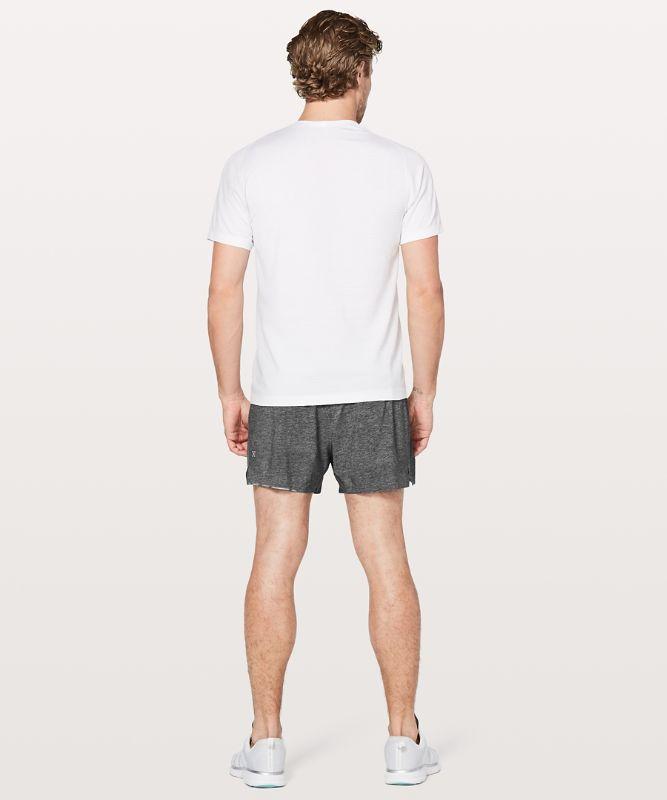 Surge Shorts 10 cm *Mit Liner