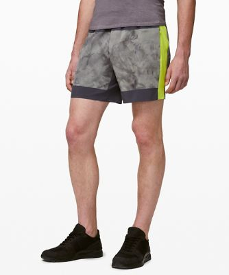 Take The Moment Shorts 15 cm
