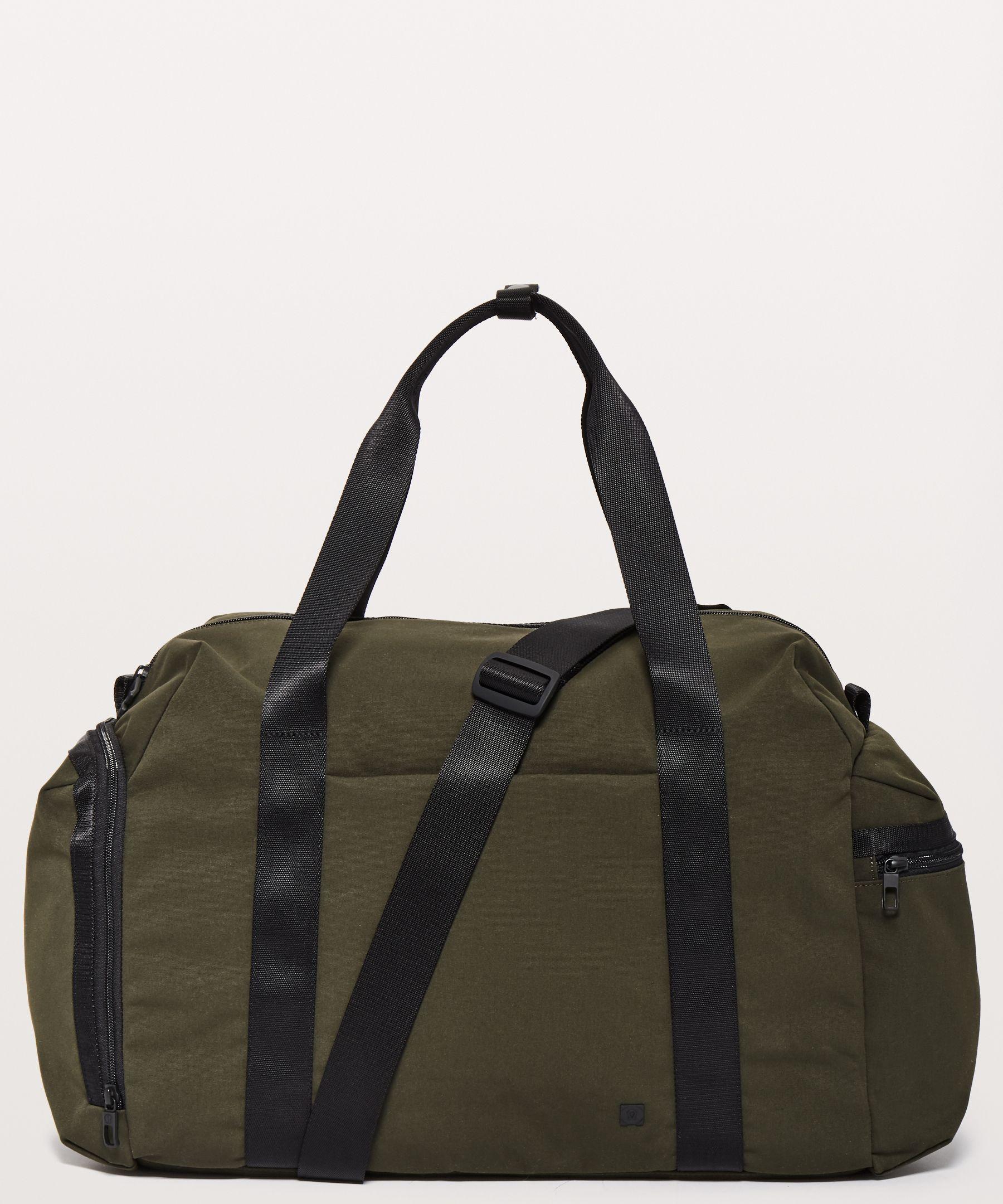 4b513d136e Command The Day Duffel *37L | Men's Bags | lululemon athletica