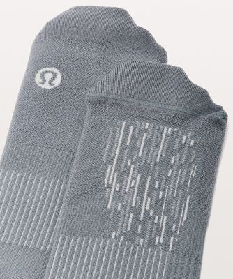 Train to Conquer Crew Sock*Svr