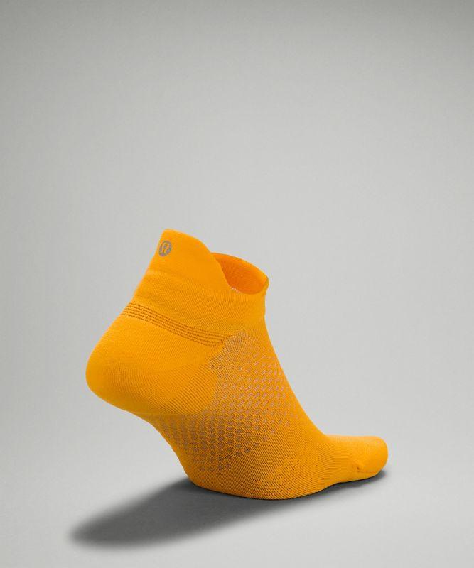 MacroPillow� Tab Run Sock