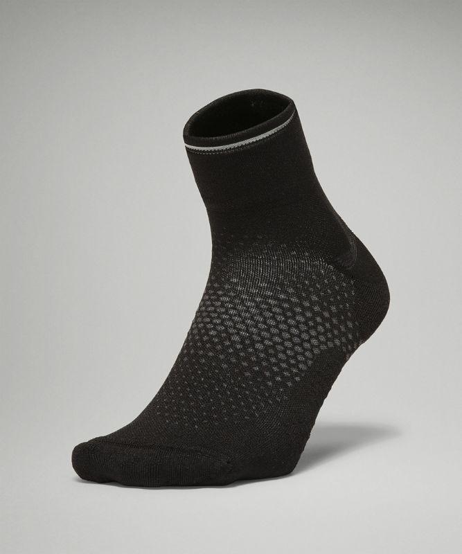 MacroPillow™ Ankle Run Sock