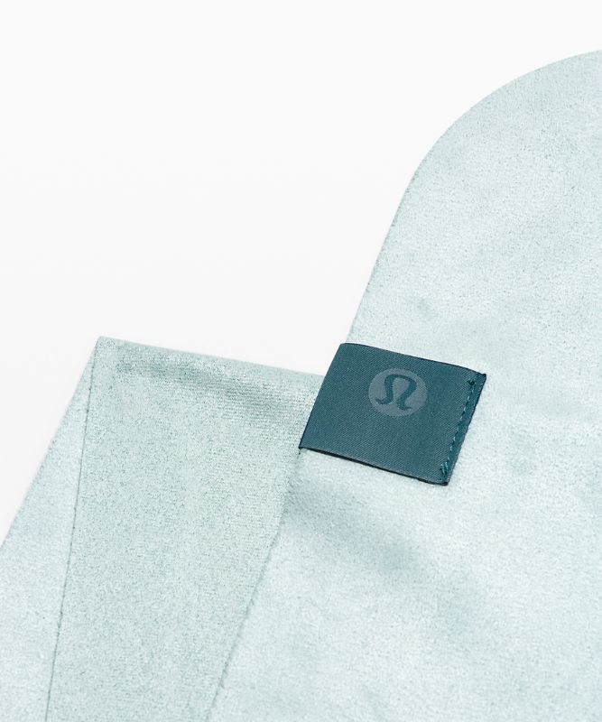The Towel *Logo