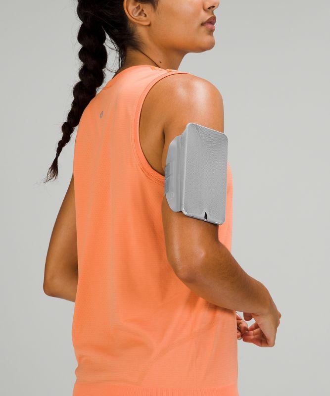 Fast and Free Run Armband
