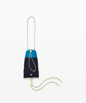 Play Forward Phone Crossbody
