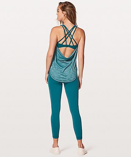 Women's Technical Yoga Gear + Clothing
