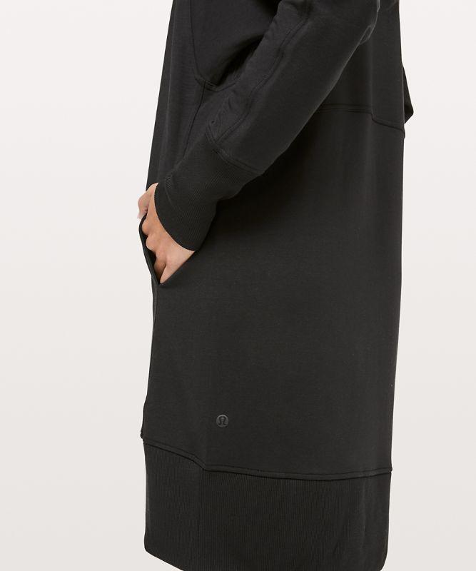 Cozy Instincts Kleid