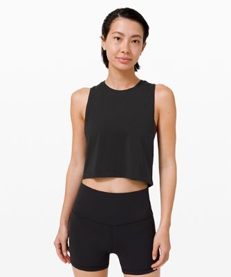 Cut Back Crop Tanktop