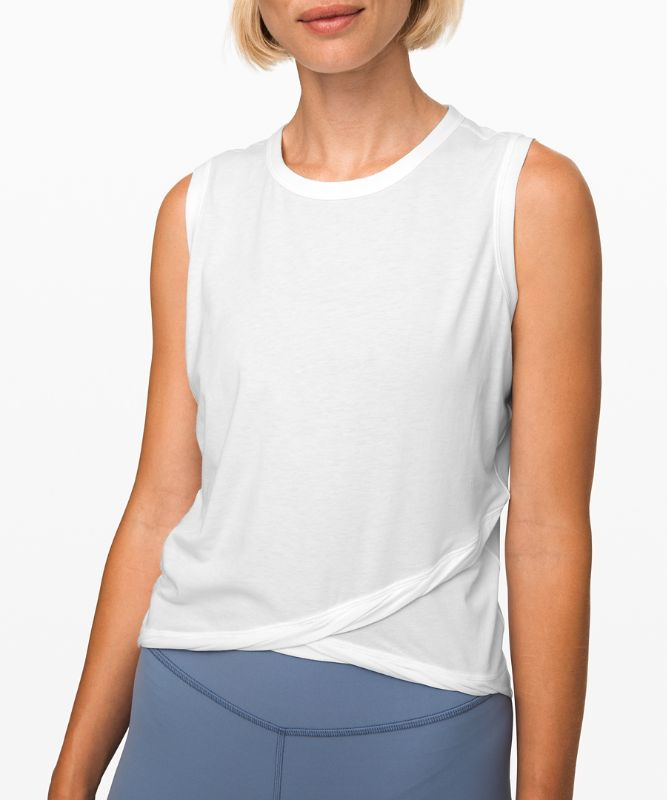Do the Twist Crop Tank