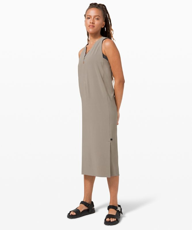 Sarala Dress *lululemon lab