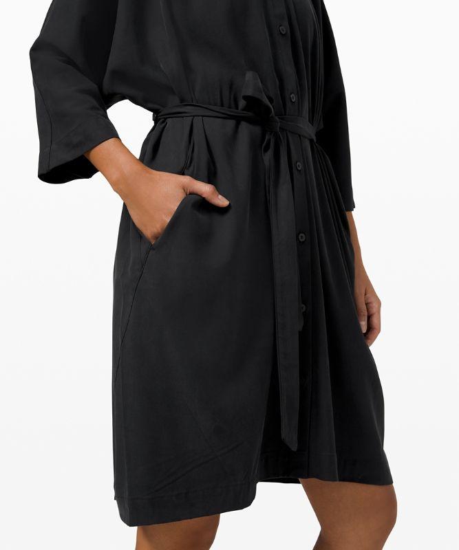 퍼펙틀리 포이즈드 드레스