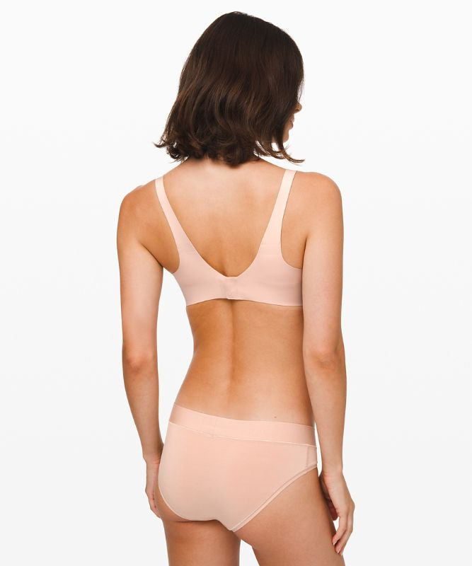 Brassière Like Nothing