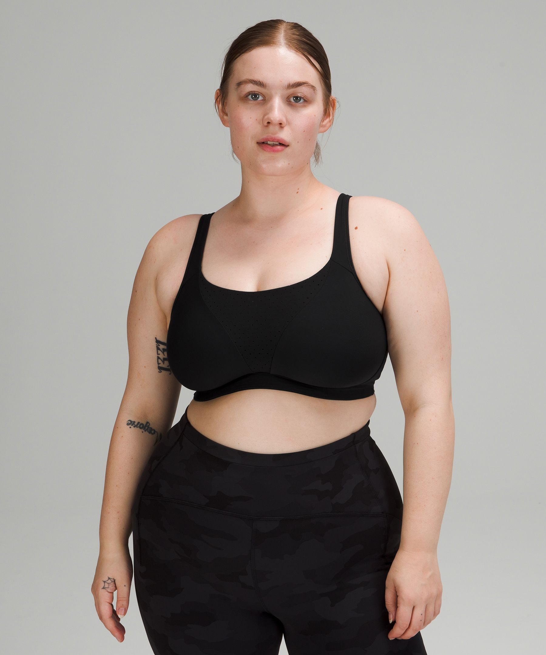 We've got a full range of sports bras for all athletic activities,including yoga and running. Complimentary shipping to Canada and the US.