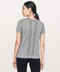 T-shirt Swiftly Tech Breeze