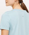 Swiftly Tech Short Sleeve *Breeze