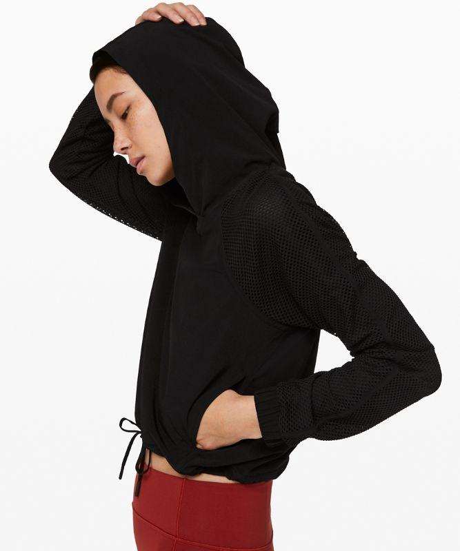 Catch a Breeze Pullover