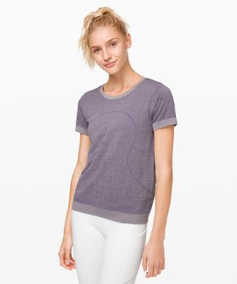 Swiftly Relaxed Short Sleeve