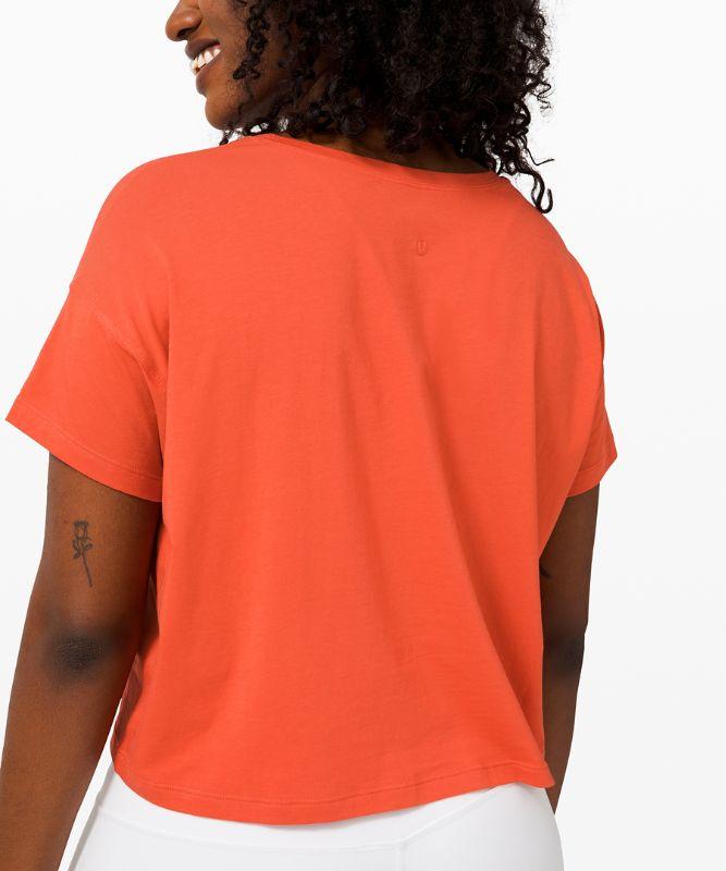 T-shirt Cates