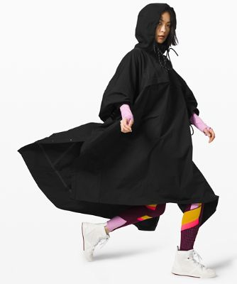 Face Forward Cape *lululemon x Roksanda