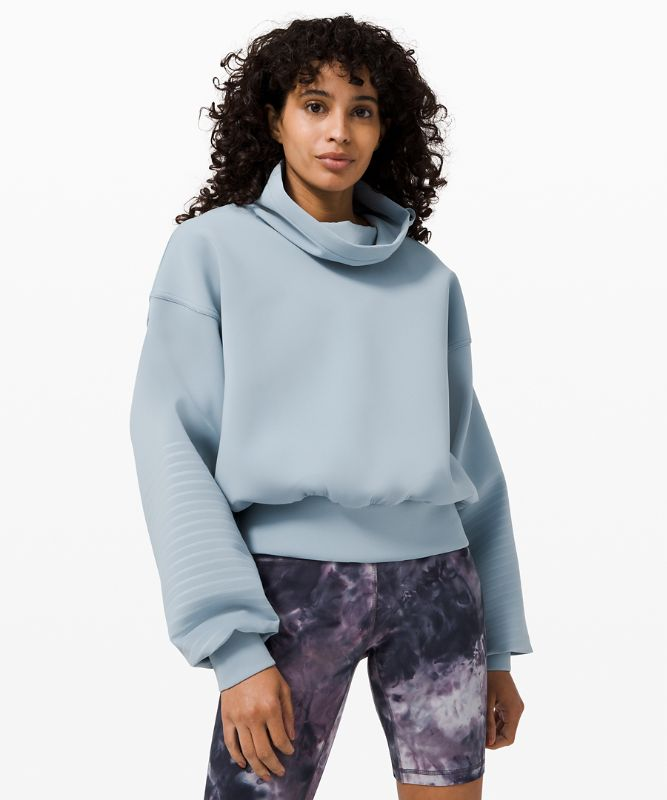 Full Flourish Pullover