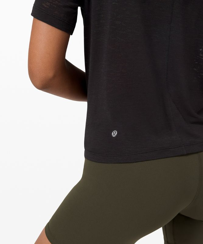 Crescent Short Sleeve
