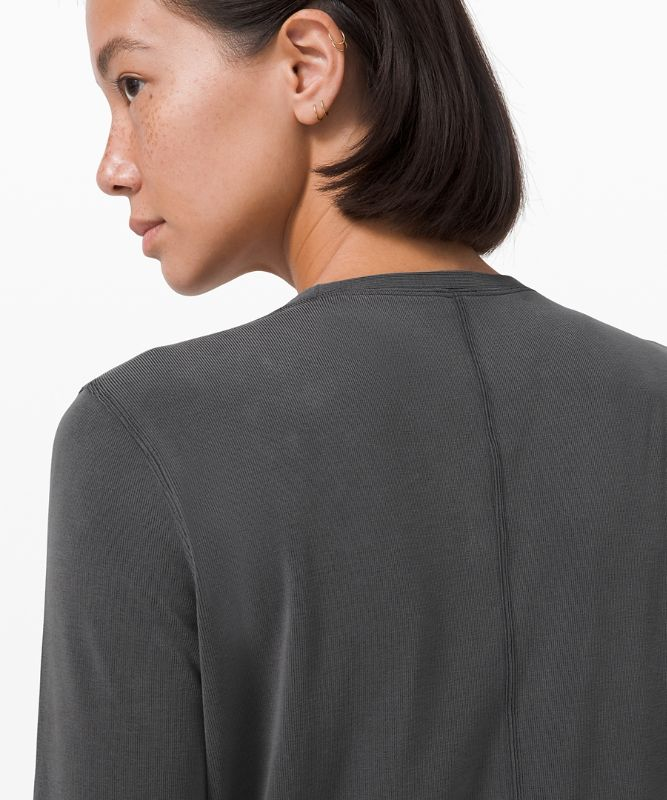 Do the Twist Long Sleeve