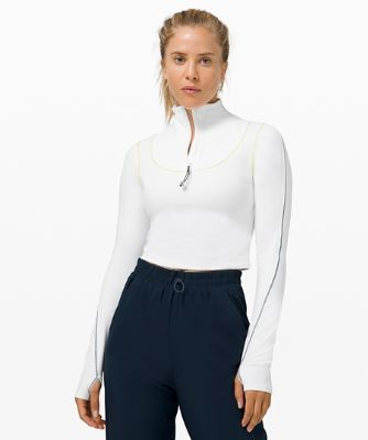 Contoured Curves Crop Long Sleeve