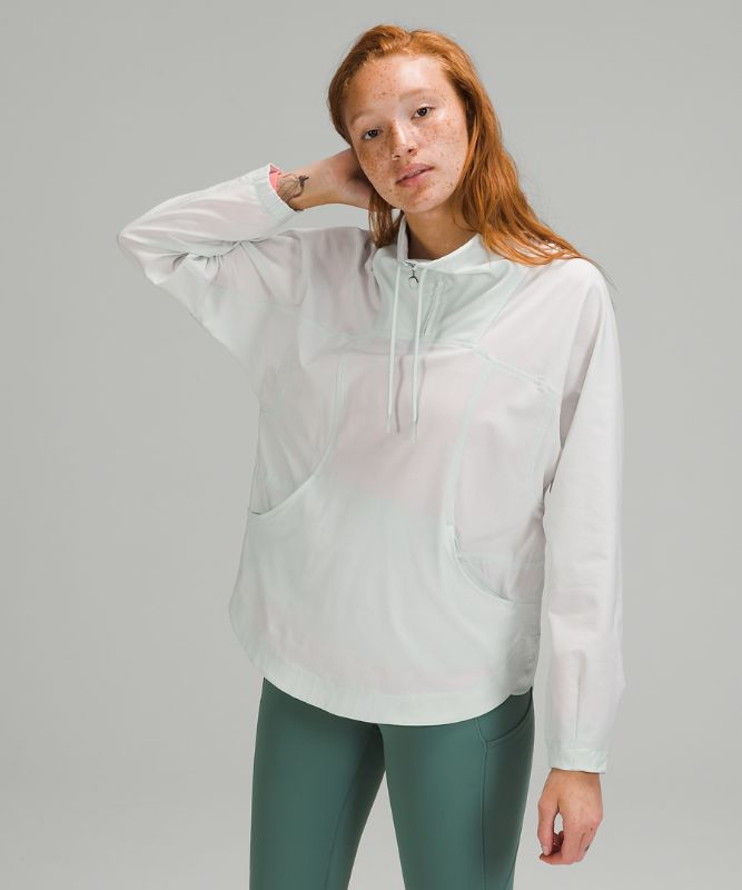 Ventlight™ High Neck Pullover